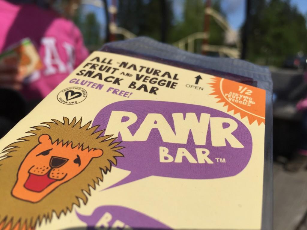 Snack Date - RAWR Bar beet