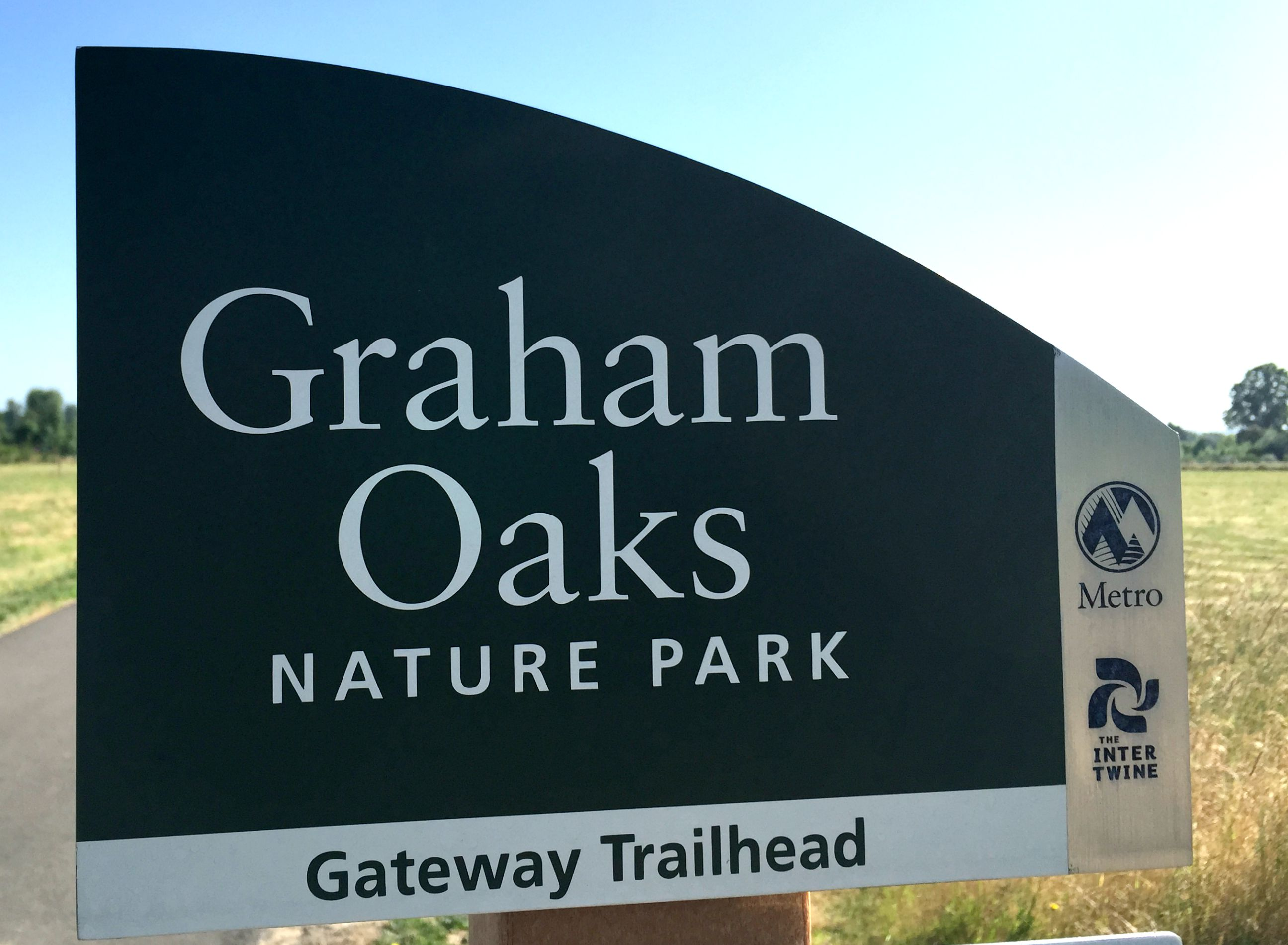 2015_06_10_Graham Oaks-trailhead