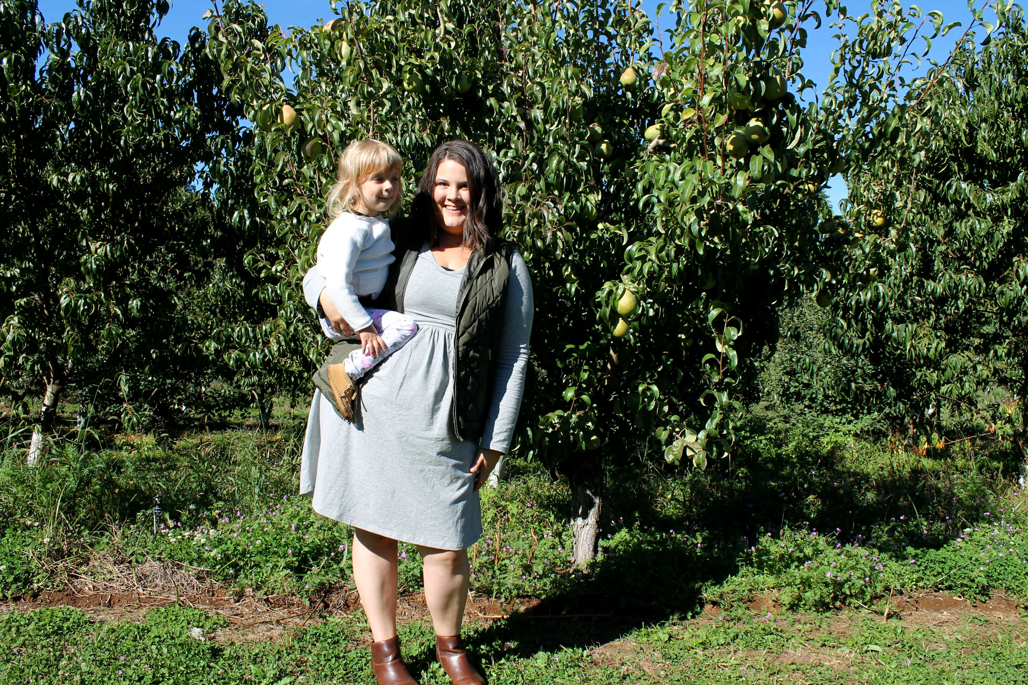 2015_09_19_ApplePicking.52-momzelle